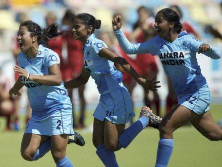 05-hockey-india-women-jr-600