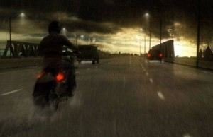 heavy-rain-motorcycle-highway-screenshot
