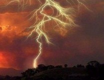 lightning_strike-300x1921