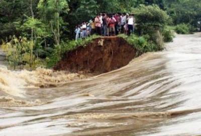 APTOPIX India Monsoon_Kand