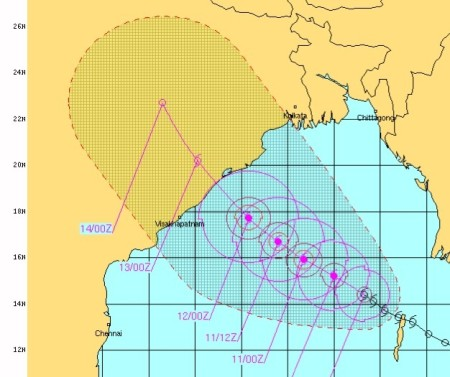 Phailin track as at 9 am Oct 10