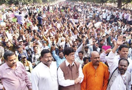 Soumya Ranjan Patnaik in a rally demanding refund of Chit Fund money to depositors