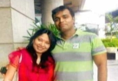 Sunil james with wife