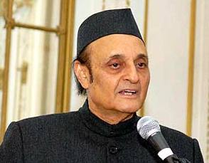 Dr Karan Singh