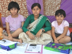 Sanjita  ( flanked by two daughters ) on a hunger strike