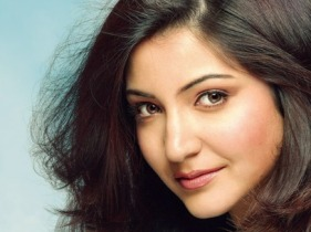 Anushka Sharma ( source : santabanta.com)
