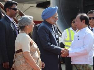 Manmohan Singh in Myanmar (pic:: PIB)