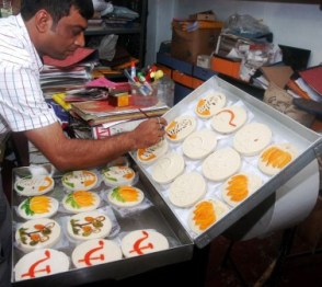 election simbalic sweet's redy in kolkata balaram mallic sweets