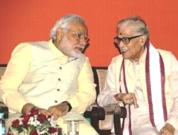 Narendra Modi with Murli Manohar Joshi