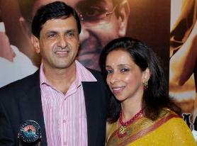 Deepika's parents : Prakash & Ujjala Padukone