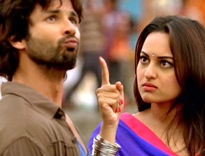 Sonakshi with Shahid