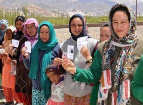 Women voters at Leh  (IANS pic)