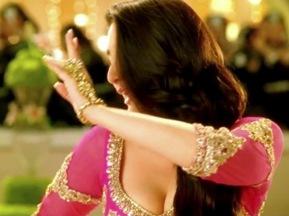 Kareena Kapoor Mujra - Dil Mera Muft Ka