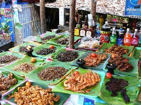 Insects on sale in a Thailand shop ( un.org)