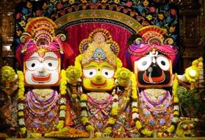 The Jagannath Trinity (source:iskconpune.in)