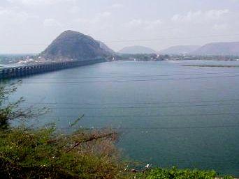 Krishna Godavari Basin  (source : instablog.com)
