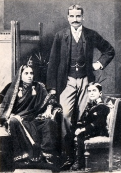 With his father Motilal Nehru & mother Swarupa Rani