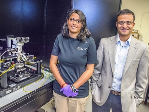 Tania Roy & Ali Javey(R) fabricated a 2D field-effect transistor (newscenter.lbl.gov)