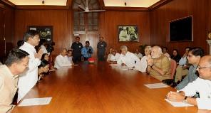PM meets BJD MPs (PIB pic)