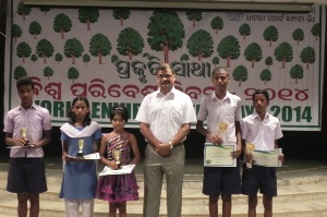 Photo 2 - Dhamra Port confers 'Prakruti Sathi' awards to School, Colleges for greenery (1)