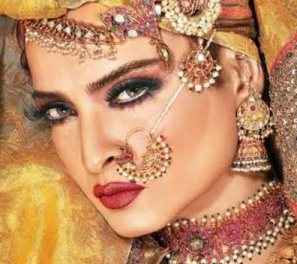Rekha to play Ms Havisham's character in Fitoor