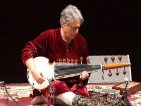 Amjad Ali Khan (source: huffingtonpost.com)
