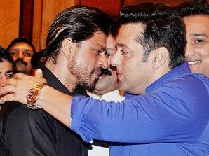SRK, Salman renew friendship at an Iftaar party