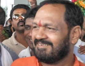 Union Minister for Environment and Forest Prakash Javadekar, who is and Broadcasting Minister, arrivesBijupatanaik Airport Bhubaneswar on friday