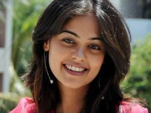 Bindu Madahavi Telugu Tamil Actress