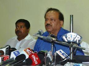 Dr Harsh Vardhan addressing media