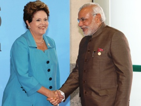 PM Modi with Brazilian president Ms. Dilma Rousseff (PIB)