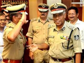 Fomer DGP Prakash Mishra after handing over charge to Sanjeev Marik