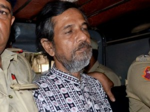 Sudipta Sen on his way to Jharpara jail, Bhubaneswar