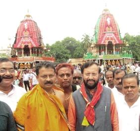 Union minister Javadekar in Puri ( pic: Biswaranjan)