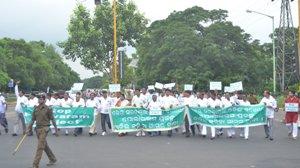 BJD MLAs marching to Raj  Bhavan to submit memorandum on Polavaram (Pix: Biswaranjan Mishra)