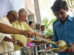 serving-mid-day-meals-to-children