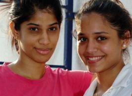 Joshana (L) & Dipika Pallikal
