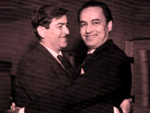 Mukesh with Raj Kapoor