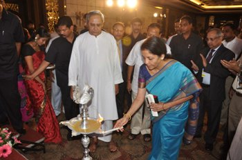 Union Commerce and Industry minister Nirmala Sitharaman lighting the ceremonial lamp at the symposium on 'Manufacturing and best practices to improve the business environment' in Bhubaneswar on Friday (Photo: Biswaranjan Mishra)