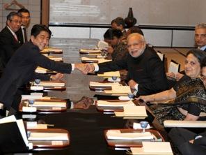 PM Modi with PM of Japan Shinzo Abe (PIB pic)