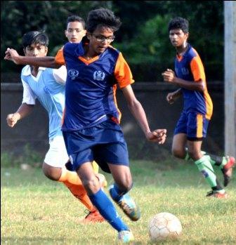 UNIT 6 FROOTBALL.........DAV POKHARIPUT VS SRI ARABINDA (2)