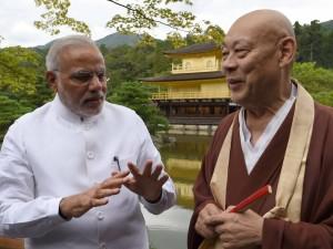 PM Modi with Buddhist monk Mori in Kyoto (PIB)