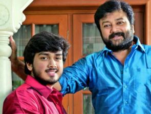 Kalidas(L) with his famous  father Jayaram ( source -deccanchronicle.com)