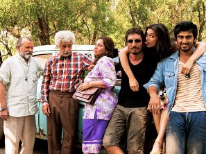 finding-fanny-group pic