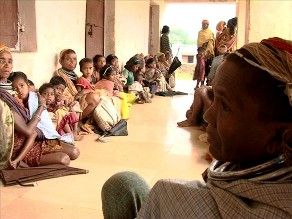 Evacuated Bonda tribals at a shelter in Mudulipada