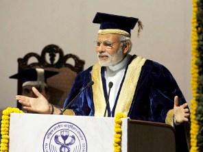 PM Modi at the AIIMS Convocation ( PIB pic)