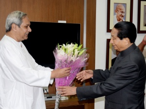 Chief Minister Naveen Patnaik greeting Governor Dr SC Jamir on his 83rd birthday at the Raj Bhawan