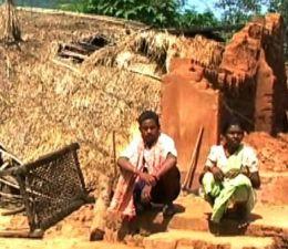 Tibu Kadraka, whose house was damaged in Cyclone Hudhud, is yet to get any relief (Pic: Ranjan Rath)