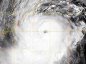 Satellite pic of Hudhud showing its eye