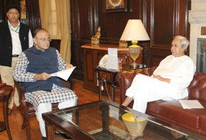 The Chief Minister of Odisha, Shri Naveen Patnaik meeting the Union Minister for Finance, Corporate Affairs and Defence, Shri Arun Jaitley, in New Delhi on November 05, 2014.